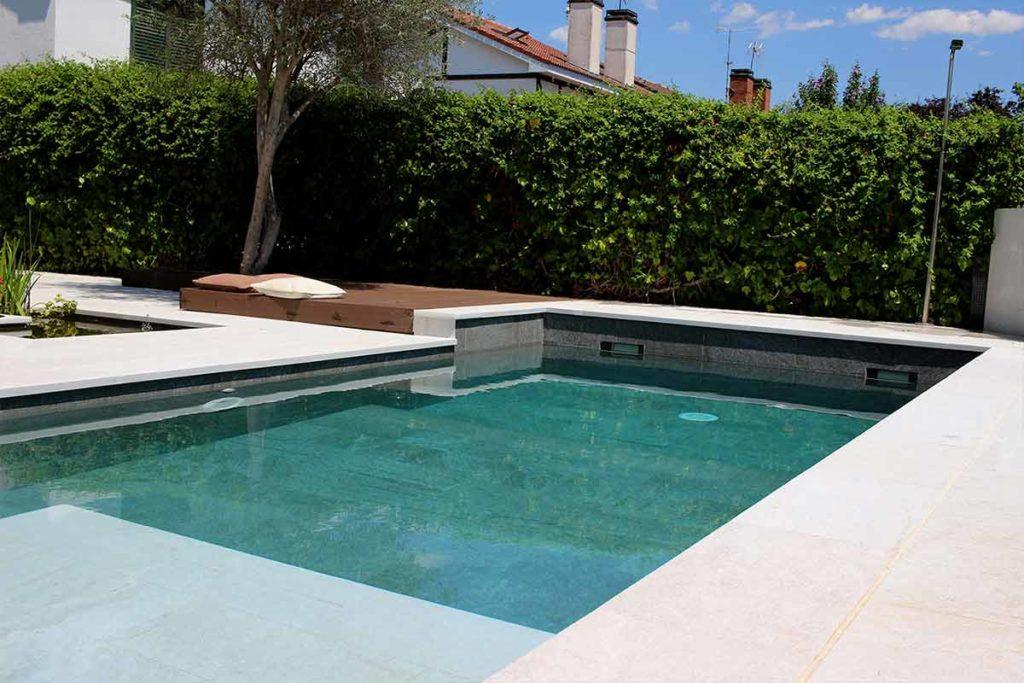 Estas son las nuevas tendencias en diseño de piscinas | Rosa Gres