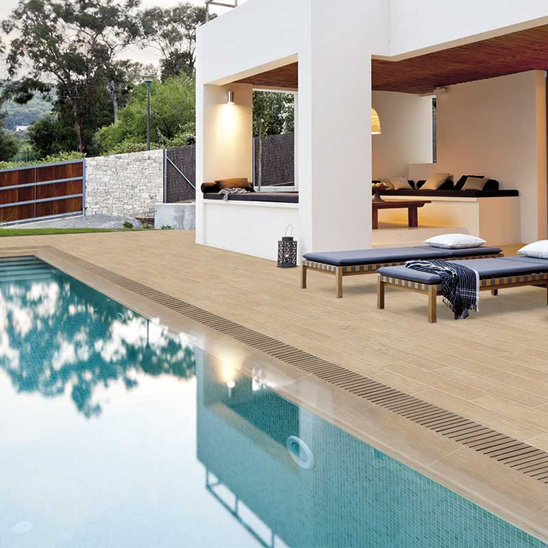 Private pool with wooden look Lovely dolce.