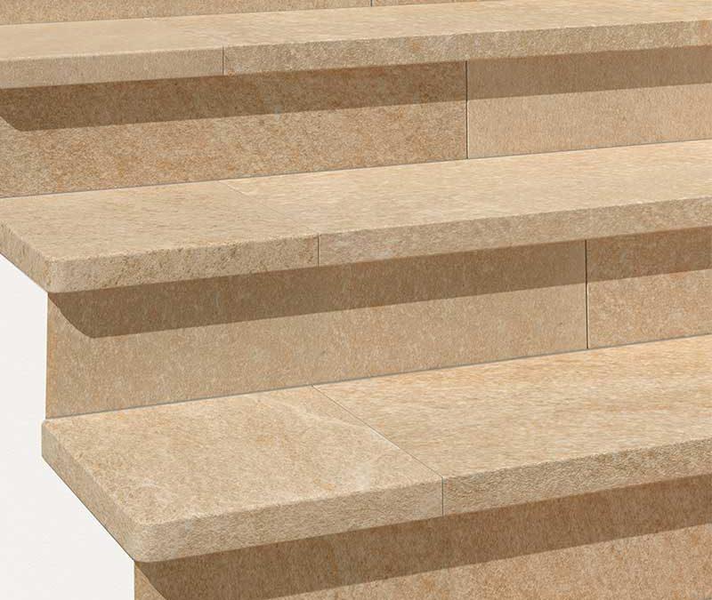 Escaleras y zócalos de gres porcelánico colección Serena