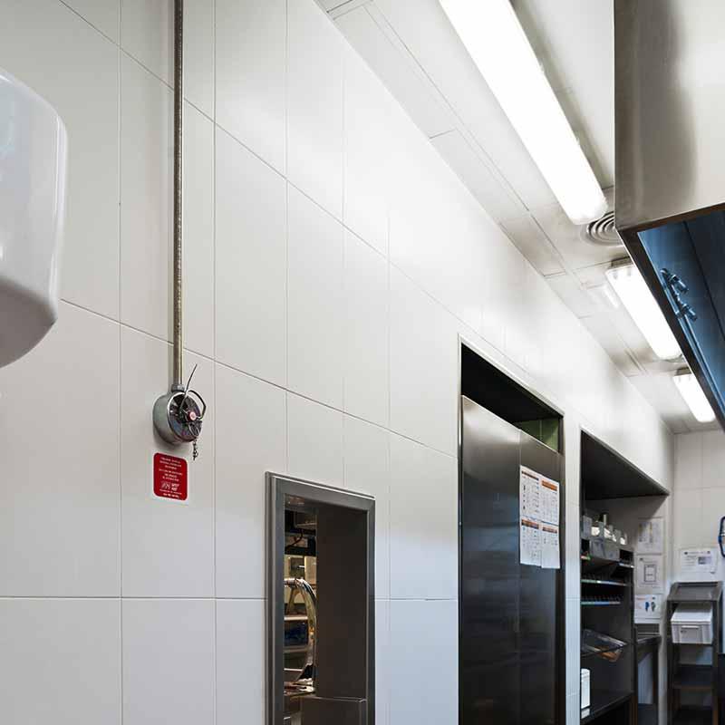 Cocina con baldosas biostop - 24 horas de funcionamiento