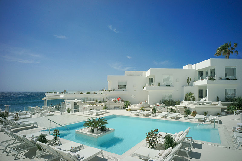 Hotel lani s suites de luxe the complete remodeling of a for Design hotel lanzarote