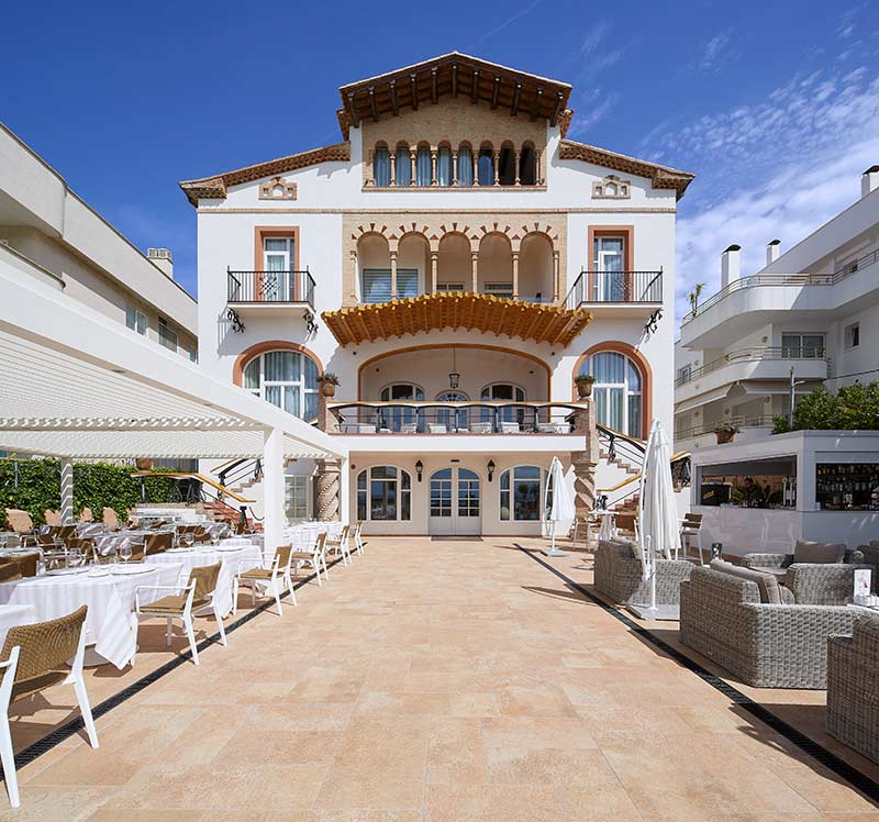 Suelos de Gres Porcelánico Sand - Restaurante Hotel Vilella Sitges