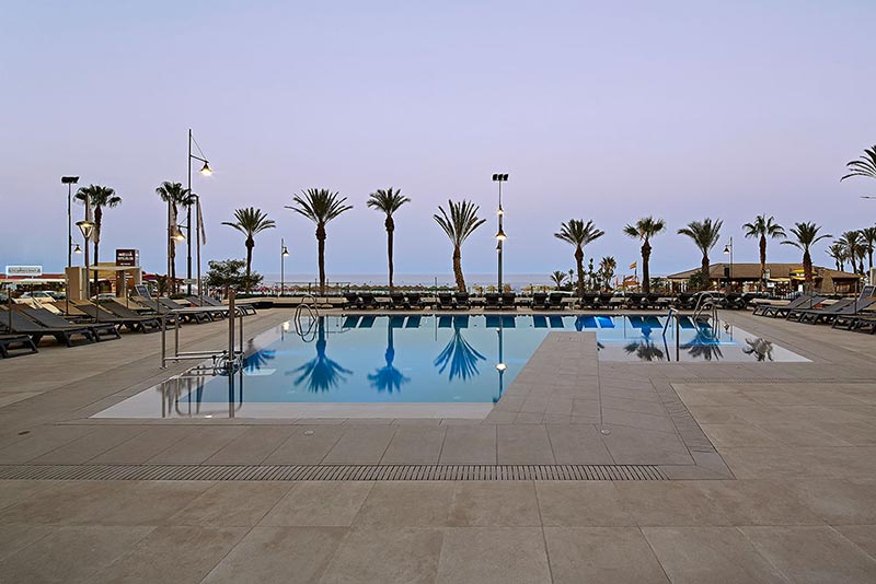 Overflowing Porcelain Stoneware Pool at Melia Torremolinos Hotel