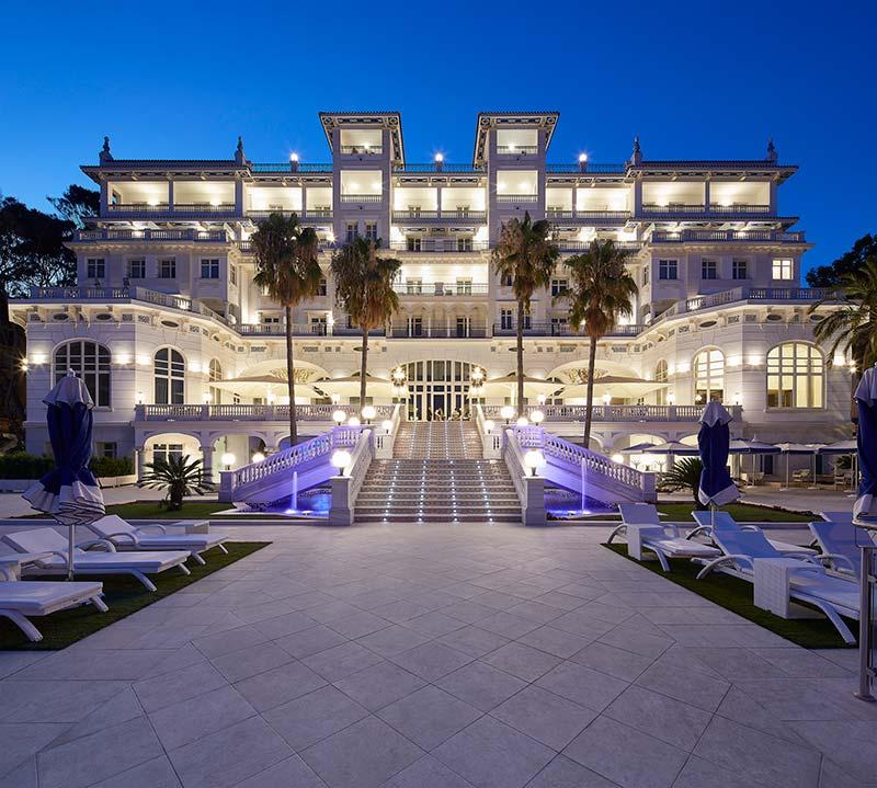 Suelos de gres porcelánico - Espacios Spa Gran Hotel Miramar