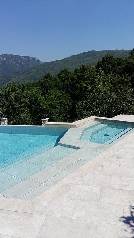Piscina privada gres porcel nico mistery grey tsc rosa for Proyecto piscina privada