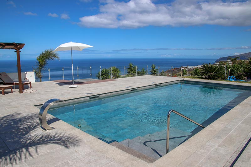 Pool, Deck and Terrace Floors in Mistery Grey by Rosa Gres