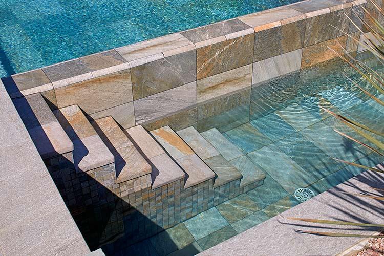 Piscina privada montpelier francia rosa gres - Proyecto piscina privada ...