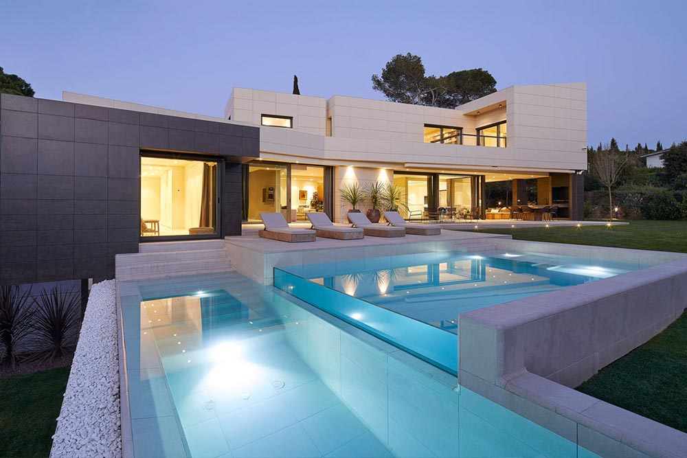 Infinity Pool and Terrace Rosa Gres - Mistery White