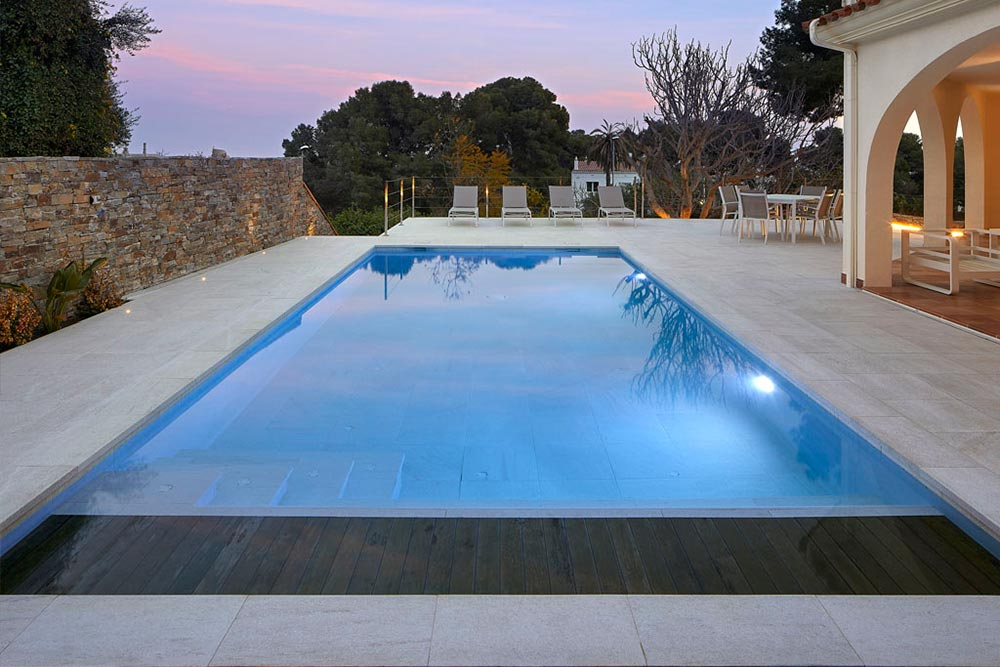 Serena Bianco porcelain ceramic pool with lighting- Rosa Gres
