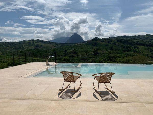 Private Pool – Serena Ocra – Ambiente Azul