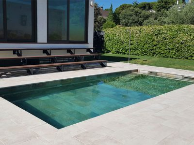 Porcelain Stoneware pool flooring. The perfect combination Serena Mix & Bohème Vanille | Rosa Gres