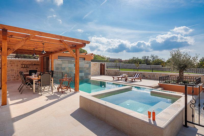 Porqué construir tu piscina en Otoño - Invierno
