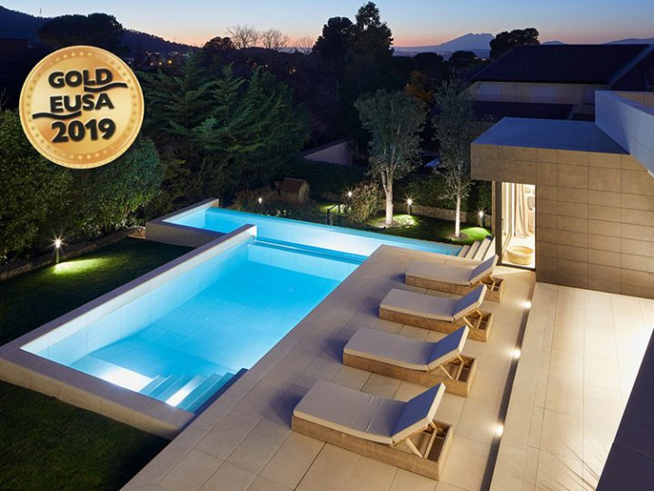 Rosa Gres wins the 2019 Eusa Award for Best Private Outdoor Pool in Europe