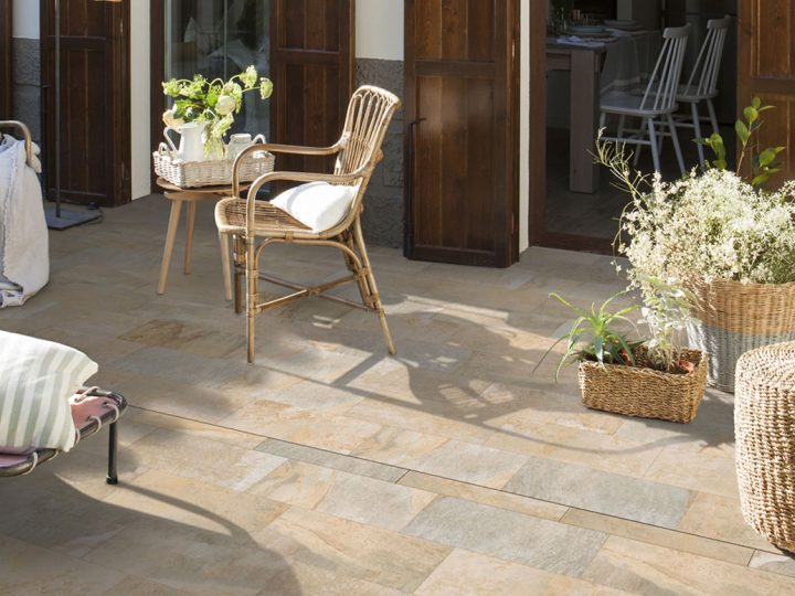 The new porcelain stoneware channel drain that is perfect for terraces